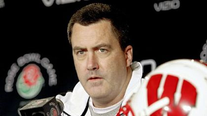 Wisconsin offensive coordinator Paul Chryst