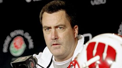 Wisconsin Badger, offensive coordinator Paul Chryst.