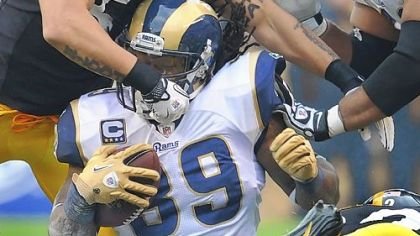 Larry Foote tackles St. Louis running back Steven Jackson Saturday at Heinz Field. Foote and the defense posted their second shutout this season -- the first time with two in a year since 2007.