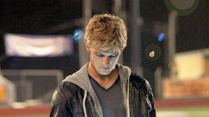 "Alex Pettyfer as John in ""I Am Number Four"""