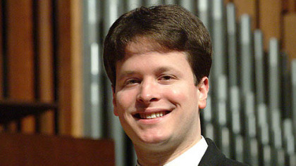 Organist Paul Jacobs joined the ranks of Grammy winners such as Lady Gaga and Lady Antebellum Sunday night.