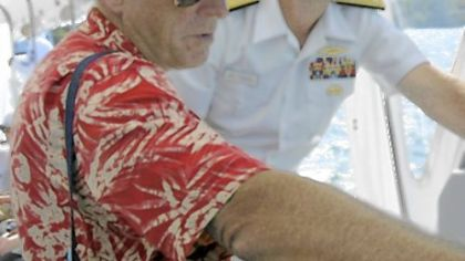 Jimmy Buffett with Adm. Jonathan W. Greenert, vice chief of naval operations