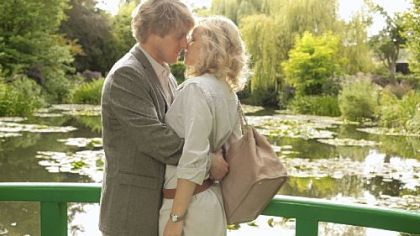 Owen Wilson and Rachel McAdams in Woody Allen&#039;s movie Midnight in Paris.&quot;
