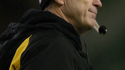 Steelers defensive coordinator Dick LeBeau