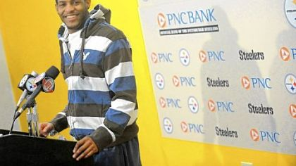 Wide receiver Mike Wallace shares a laugh at a news conference Monday on the South Side, a day after the Steelers earned their eighth trip to the Super Bowl with a 24-19 victory against the New York Jets.