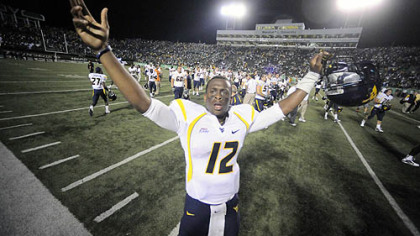 West Virginia quarterback Geno Smith threw 24 touchdown passes last season.