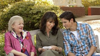 "Betty White, left, Jennifer Love Hewitt and Sean Faris star in Hallmark Hall of Fame's ""The Lost Valentine,"" airing Sunday on CBS."