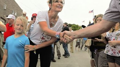 Although she has not announced any intention of running for president, former Alaska Gov. Sarah Palin paid a visit to the Iowa State Fair on Friday in Des Moines.