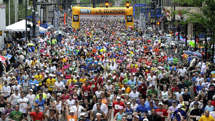 Thousands of runners took part in the 2011 Pittsburgh Marathon.