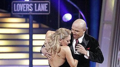 Kym Johnson and Hines Ward in the middle of their dance.