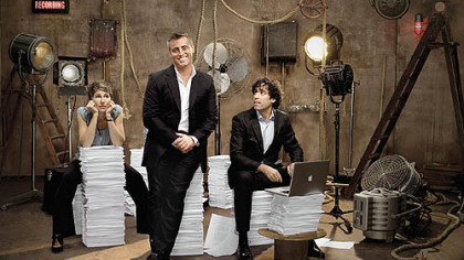 "Tamsin Grieg as Beverly Lincoln, Matt LeBlanc as himself, and Stephen Mangan as Sean Lincoln in ""Episodes."""