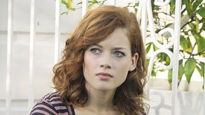 "Jane Levy as Tessa brings funny spoofs of suburbia to ""Suburgatory.""