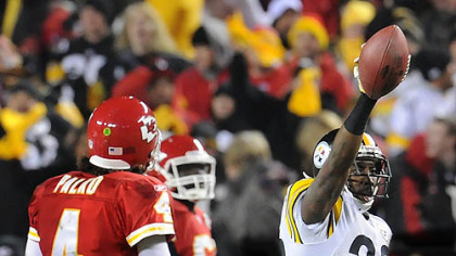 Keenan Lewis picks off Chiefs quarterback Tyler Palko Sunday in the fourth quarter.