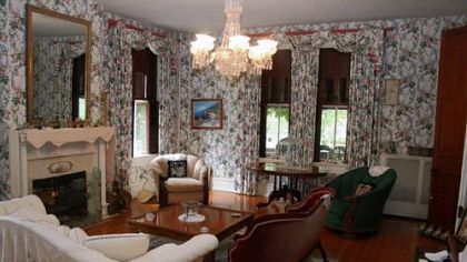 The interior of the mansion, whose owners are seeking a minimum bid of $960,000.