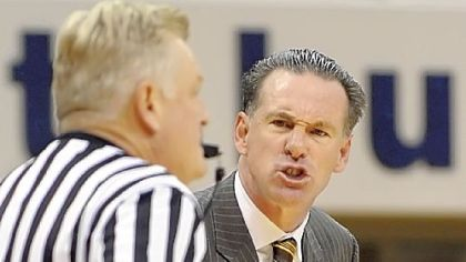 Pitt coach Jamie Dixon said his team&#039;s defense is lacking because his starters aren&#039;t staying fresh.